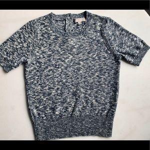 ✨HOLIDAY SWEATER✨ Banana Republic t-shirt sweater